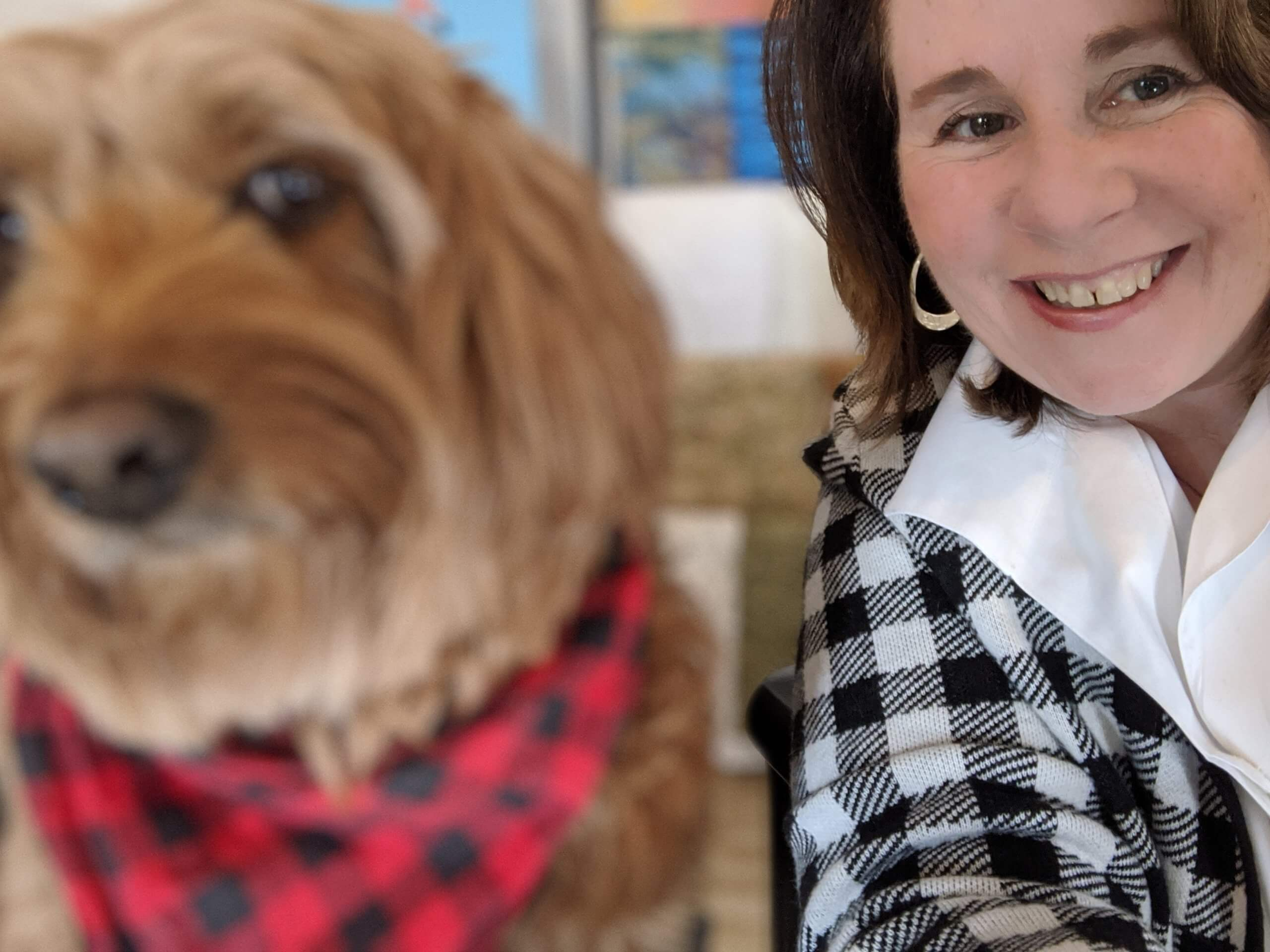 digital marketer and her dog